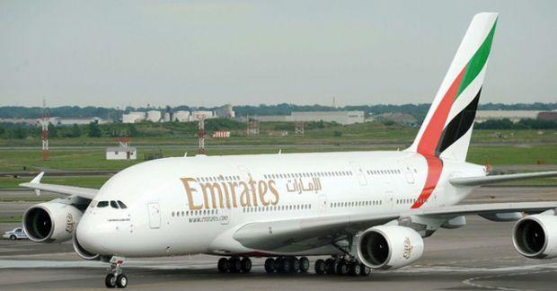 Airbus_A380_Emirates_0_1